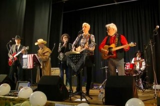 Rockin' Chairs in concert for the Country Dans'Eure club - Brionne